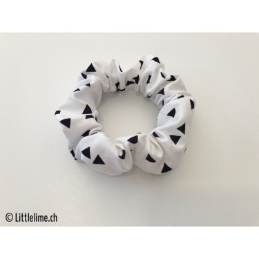 Scrunchie triangles black&white